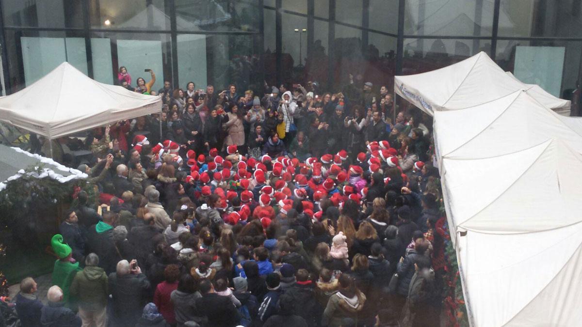 """Sabaudia. 300 bambini in piazza per il """"Natale delle Scuole"""""""