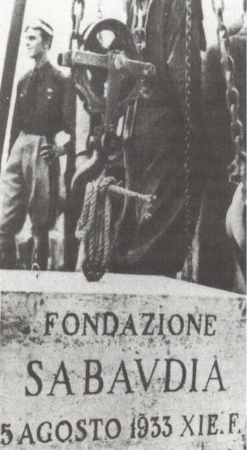 5 agosto 1933 - Prima pietra