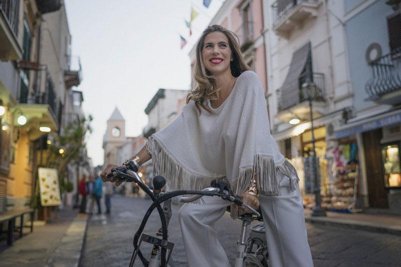 Veronica Maya nuovo volto del brand A Biddikkia