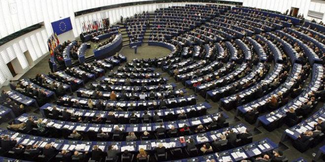 Il PE rafforza la vigilanza finanziaria UE