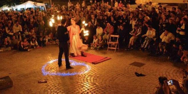 Busker Festival di Carpineto Romano: dal 25 al 26 agosto, l'arte di strada nei vicoli storici della Città d'Arte