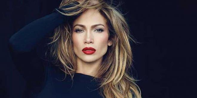 Jennifer Lopez: vittima di molestie a inizio carriera