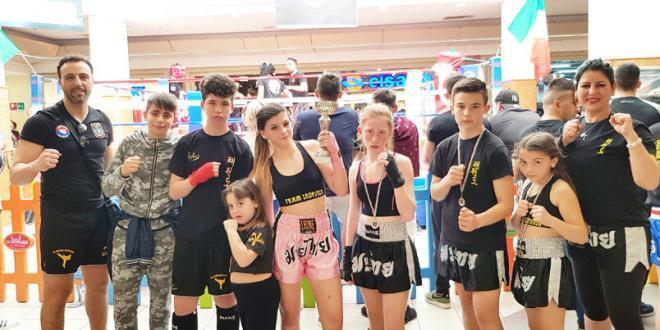 Il TeamIadevaia conquistano anche il Ring del Gladiators2 – Interregionali di Kickboxing. 4 Campioni Interregionali e 1 Trofeo Gladiators2