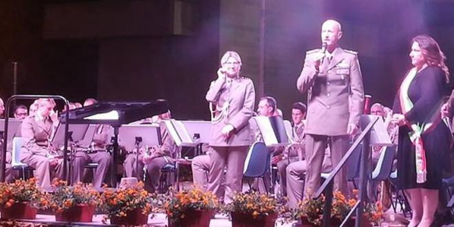 Sabaudia. 70° della costituzione della Scuola Artiglieria Controaerei: grande partecipazione al concerto in piazza del Comune