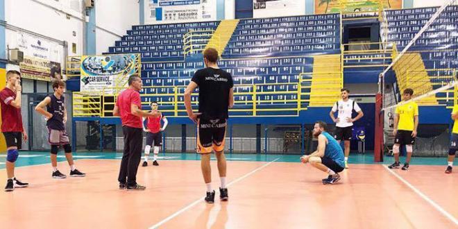 L'Istituto Estetico Italiano Sabaudia Pallavolo si prepara al match contro il Civita Castellana