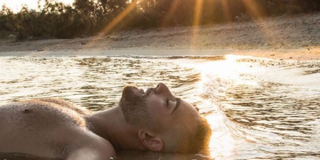 Rocco Hunt torna il 30 agosto con il nuovo album