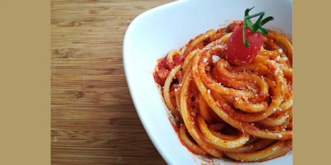 """La salsa all'amatriciana è un prodotto riconosciuto dall'Unione Europea con il marchio di """"Specialità Tradizionale Garantita (STG)"""""""