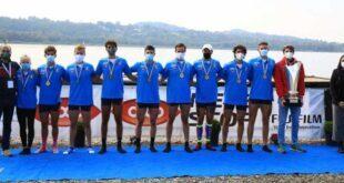 otto senior della Canottieri Gavirate,. campione d'Italia