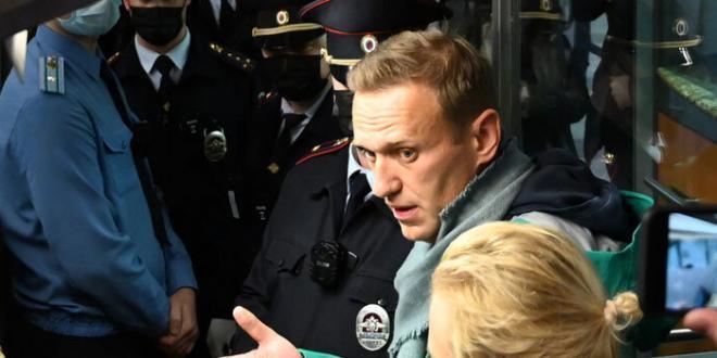 Arresto Navalny: il Parlamento chiede il rilascio